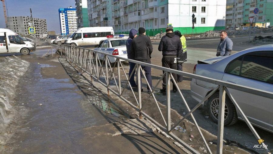 Нетрезвый омич на«Хонде» протаранил шесть авто вНовосибирске