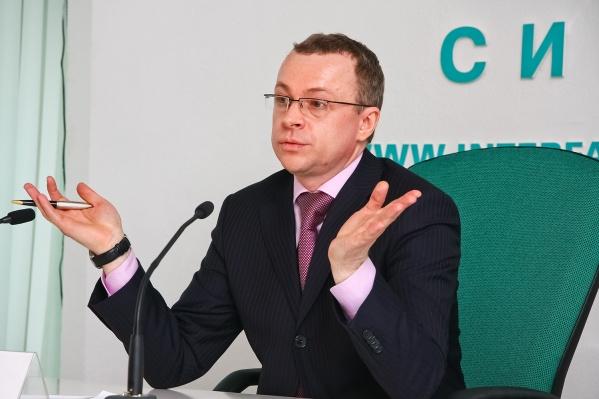 Вице-губернатор Юрий Петухов дважды попал под критику ФБК, но оба раза в правительстве привели свои аргументы в пользу того, что декларация заполнена корректно