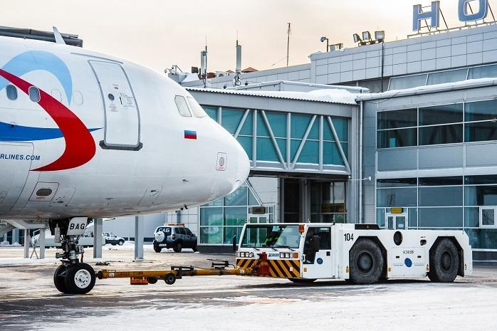 За два месяца 2017 года аэропорт «Толмачёво» обслужил  607 315  пассажиров
