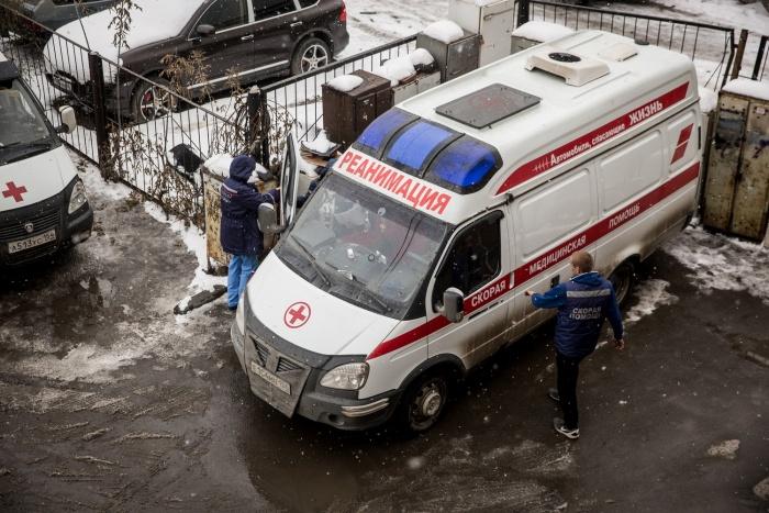 Сотрудника авиазавода увезли в больницу