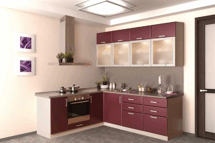 Матовое стекло и приятный оттенок кухни « Колоритная » сделают вашу квартиру по-настоящему колоритной. Интересный цвет подходит кухонному гарнитуру, как брусничный пирог — новогодним каникулам.