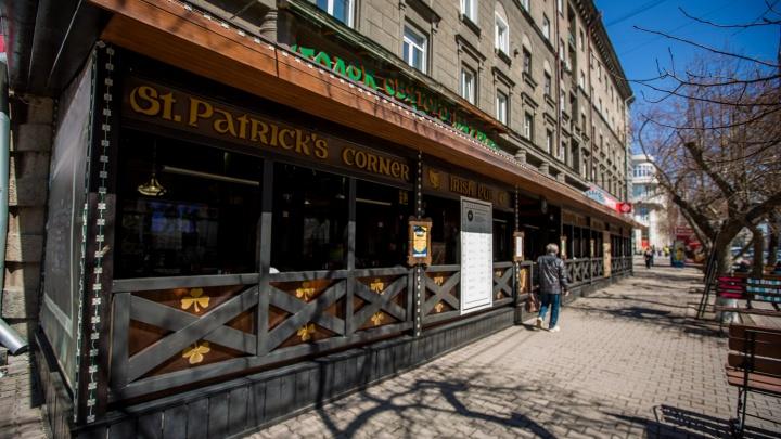 В Новосибирске заработали первые летние веранды