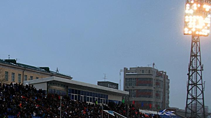 Ослепительный свет прожекторов помешал соседям стадиона «Спартак»