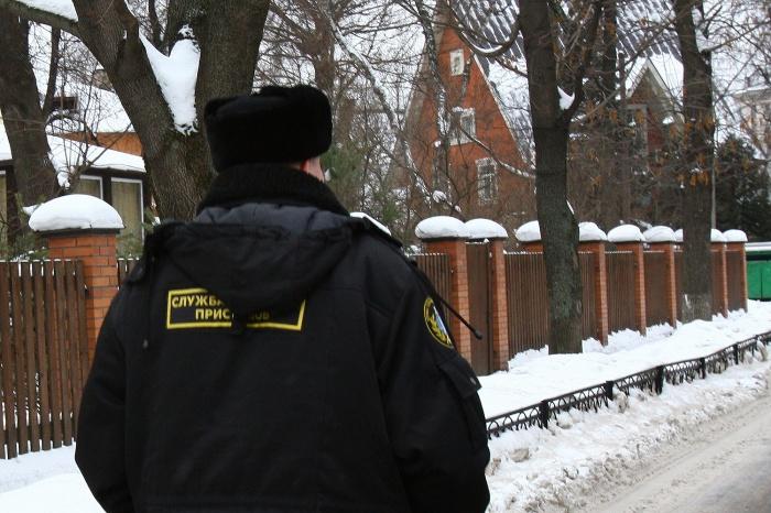 Всего неплательщик за три года задолжал по штрафам в ГИБДД, а также в ФНС почти 230 тыс. руб.