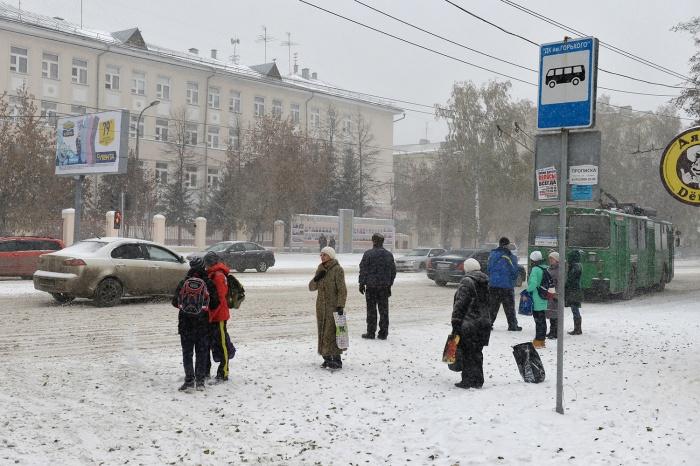 Мэрия отказалась от намерения расширять ул. Богдана Хмельницкого за счет газонов