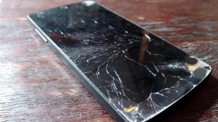 Появилась возможность легко восстановить телефон с разбитым дисплеем