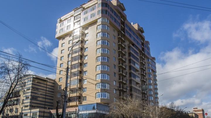 Новосибирцы продают квартиру с гигантской террасой за 100 миллионов