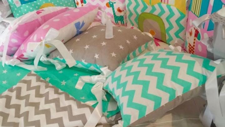 Эксклюзивные комплекты в кроватку ручной работы для новорожденных!