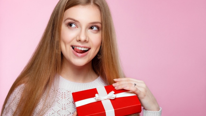 Составлен список альтернативных подарков для современных женщин к 8 Марта