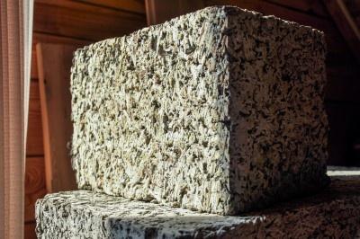 Новосибирцам предложили строительный блок с улучшенными свойствами