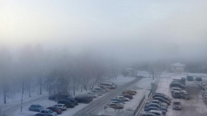 Новосибирцы завалили соцсети фотографиями густого тумана