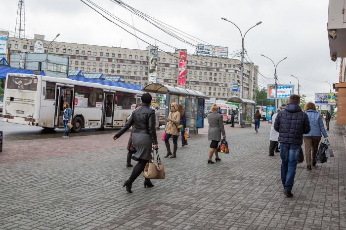 """«Метро """"Площадь Маркса""""»(в сторону ул. Титова)"""