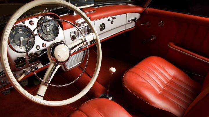 Опытные автовладельцы поделились с новосибирцами тонкостями выбора и ухода за авто