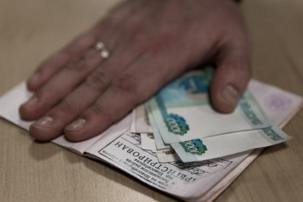 Это второй случай в Новосибирске, когда отец покупает прописку ради того, чтобы устроить ребенка в первый класс определенной школы