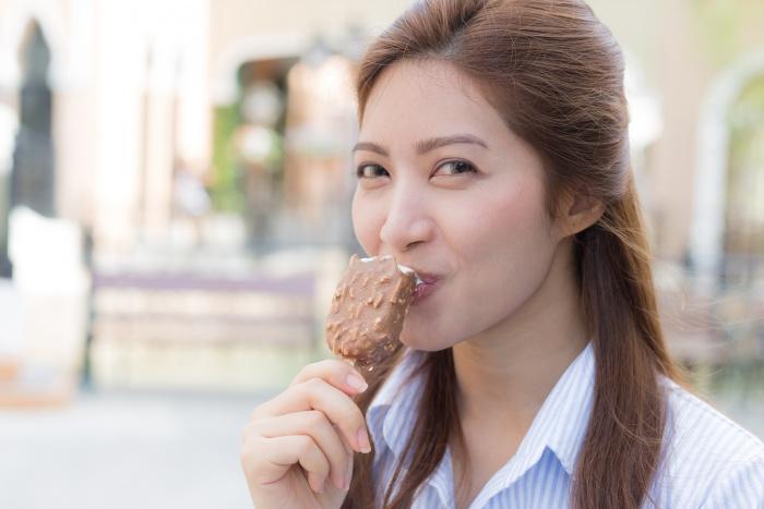 Новосибирцы отправили в Китай восемь тонн мороженого