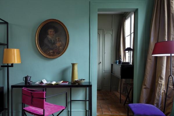 На фото: дизайн интерьера квартиры-студии Жюли Приска