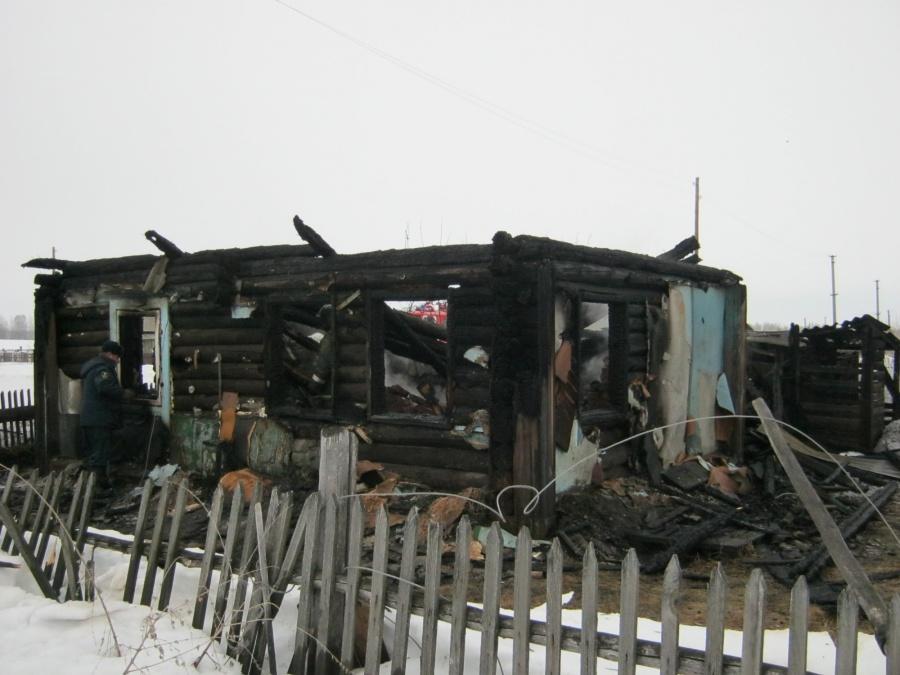 Новосибирский пенсионер застрелил мужчину иподжег собственный дом