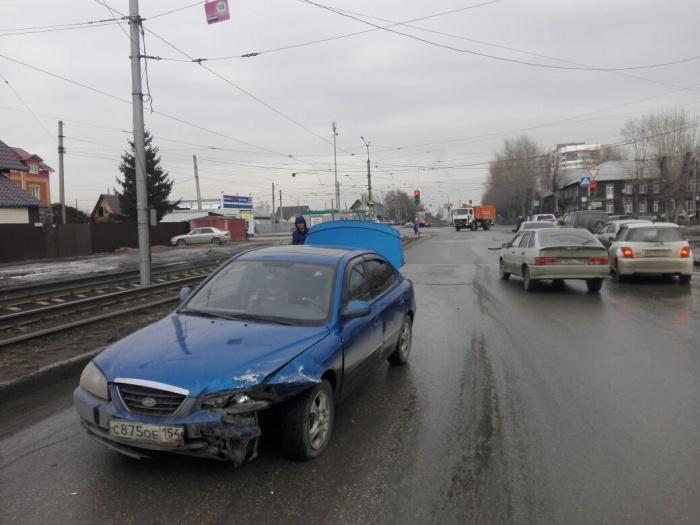 За рулем Hyundai был мужчина, который получил права меньше месяца назад