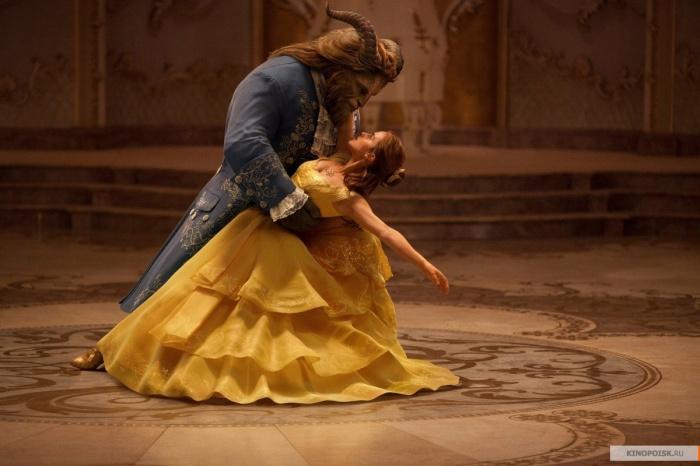 При создании фильма «Красавица и Чудовище»использовали около 1500 роз