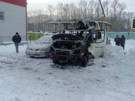 85 машин сгорели в Новосибирской области