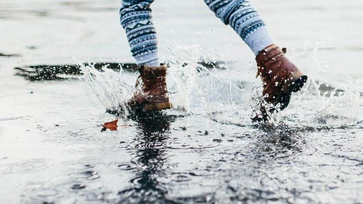 Разработка российских ученых спасет обувь от грязи и реагентов
