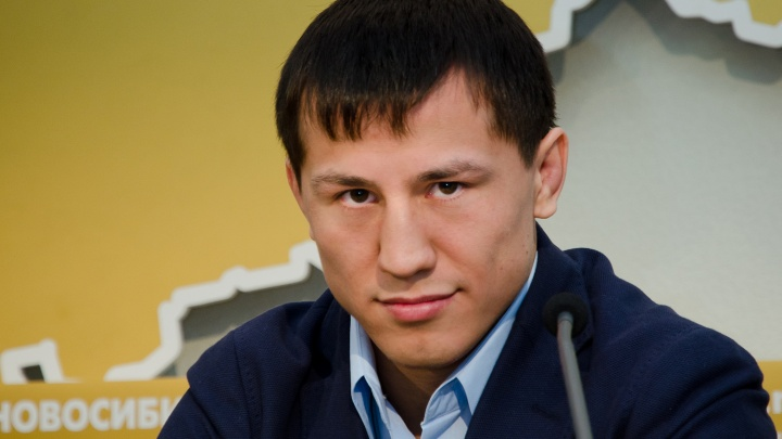 Роман Власов вступил в борьбу за звание кумира молодежи