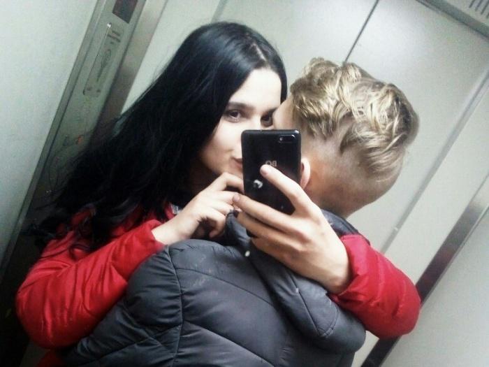 16-летний Влад и 14-летняя Анастасия встречаются полгода