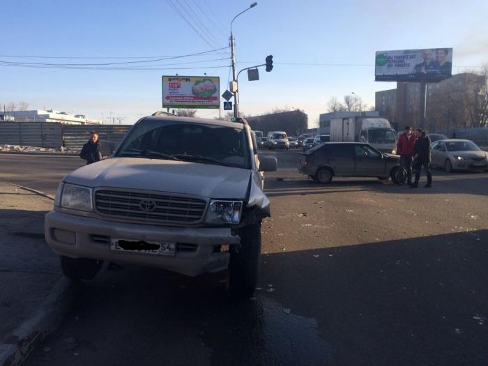 «Тойота» —участница аварии