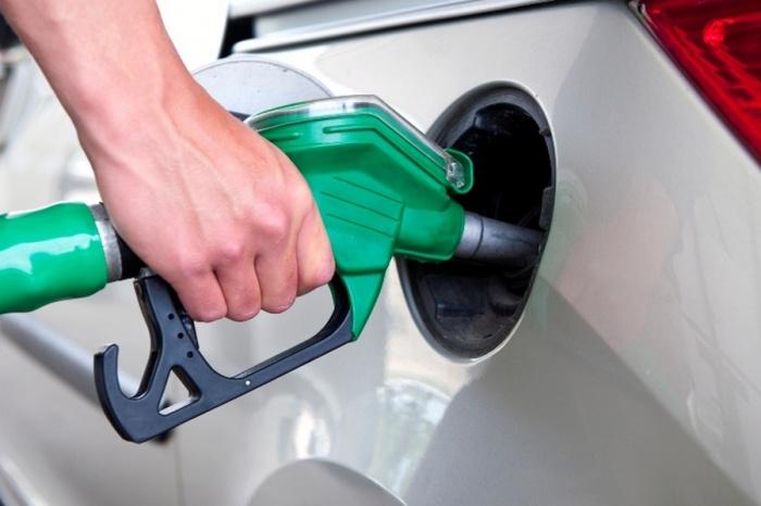 Бензин вОмске остался одним изсамых недорогих постране