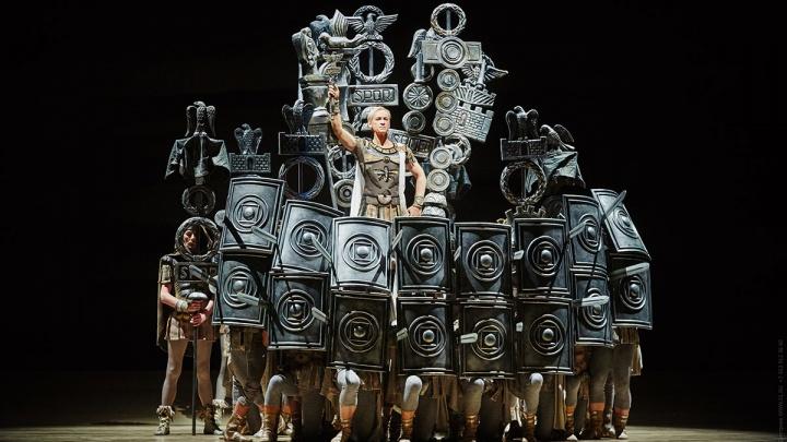 Год в пуантах: альтернативную военную службу разрешили проходить в оперном театре