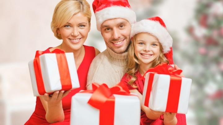Шпаргалка Деда Мороза: где и почем купить подарки в Новосибирске