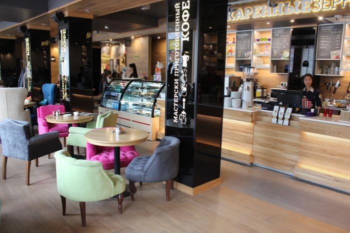 Большую кофейню в Доме под часами выставили на продажу (фото)