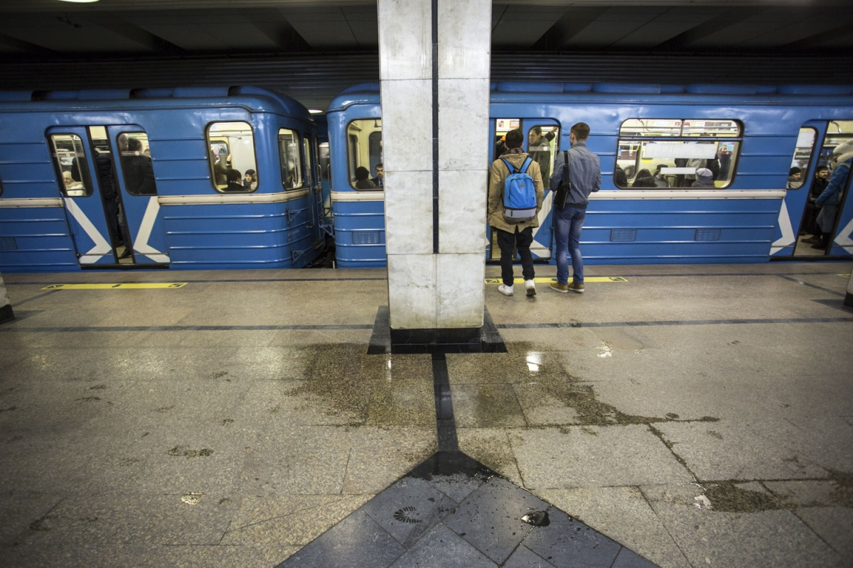 prostitutki-v-metro-rechnoy-vokzal