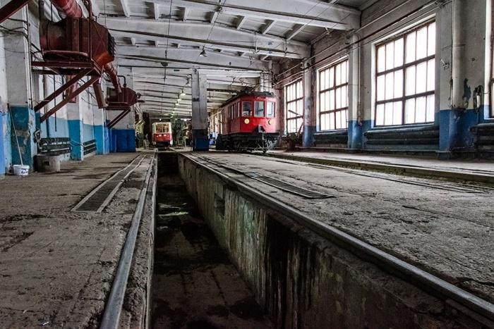 Победителю аукциона предстоит проверить два трамвайных депо и четыре троллейбусных