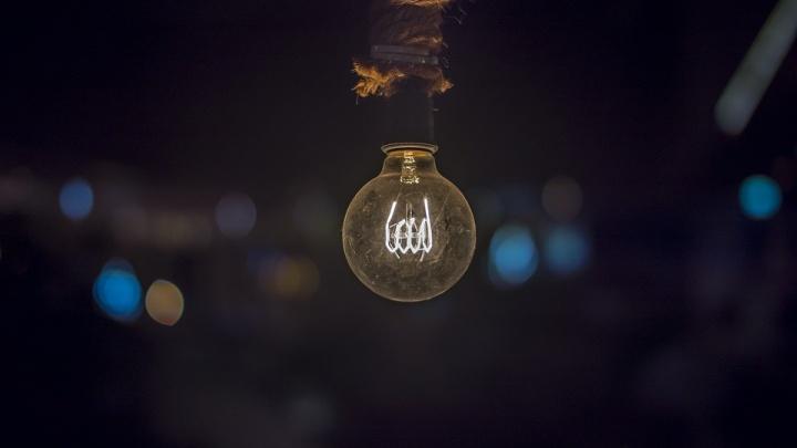 ЖителиОктябрьского района второй раз за год остались без света почти на сутки