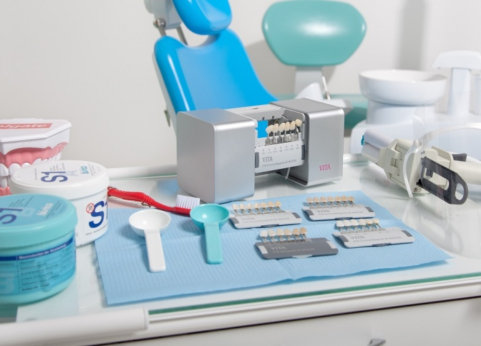Сколько стоит лазерное отбеливание зубов украина