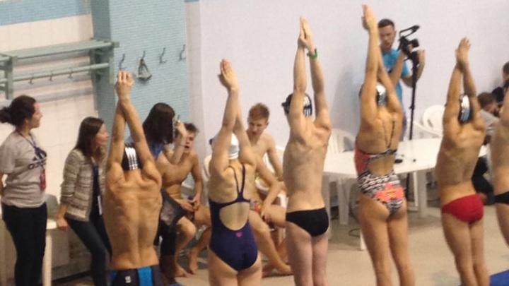 Клуб плавания с профессиональными тренерами набирает группы
