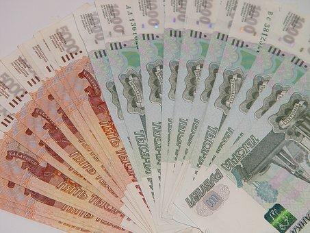 Директор стройкомпании подделывал налоговые декларации
