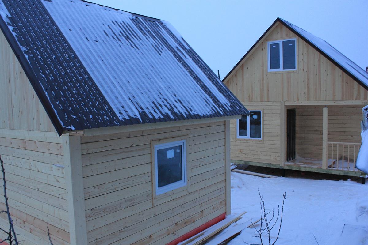 У новосибирских дачников появилась возможность построить дом и баню дешевле 500 тысяч рублей