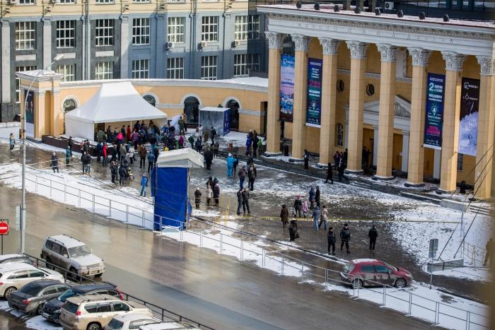 К началу фестиваля «Зажги синим» снегопады прекратились