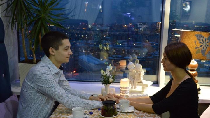 Для первых свиданий и свадебных годовщин новосибирцы по-прежнему выбирают ресторан