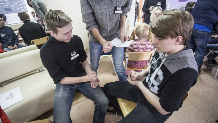 В Новосибирске прошел турнир по игре из детства (видео)