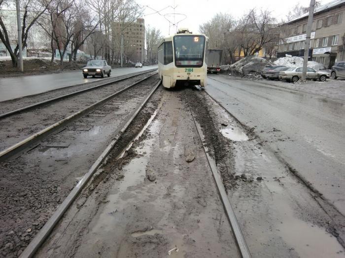 Трамвай на ул. Мира