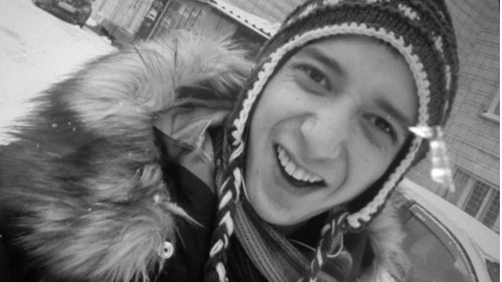 Полиция возобновила поиски давно пропавшего парня после загадочных звонков