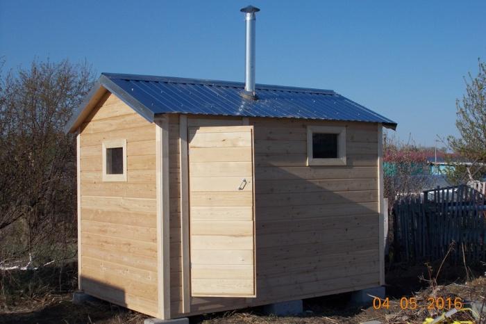 Новосибирские дачники выяснили, кто строит бани за 85 тысяч рублей под ключ