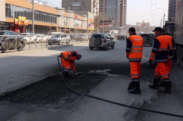 14 апреля начался ремонт ул. Гоголя на участке от ул. Ольги Жилиной до ул. Ипподромской<br>