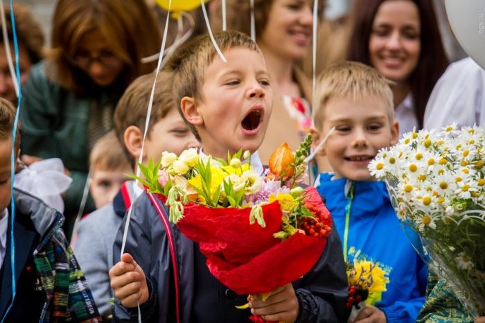 Родителей учеников школы № 86 на Порт-Артурской предупредили, что в новом учебном году начальные классы будут учиться с 8:00 до 19:15