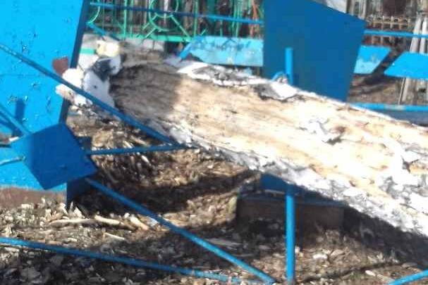 Новосибирцы обнаружили бардак на кладбище