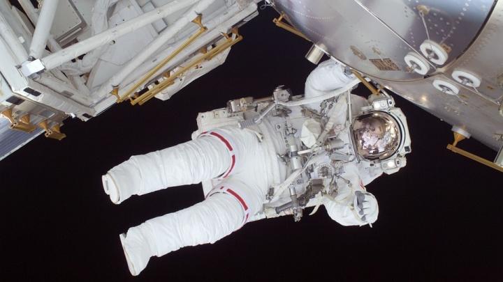 Роскосмос объявил набор космонавтов для полета на Луну