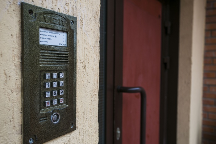 В УК еще нет данных, сколько именно домофонов испортили злоумышленники